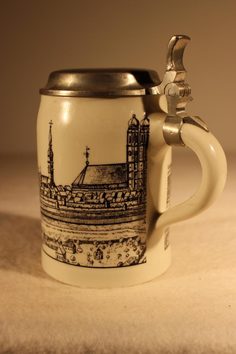 Porcelain Stein Munich |6088| Collection William Griffin