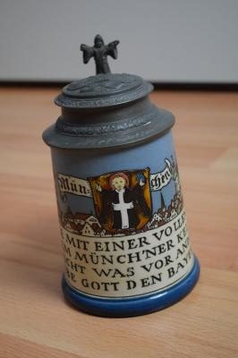 etched stein celebrating Munich