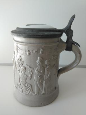 Regensburg stein with procelain inlaid lid